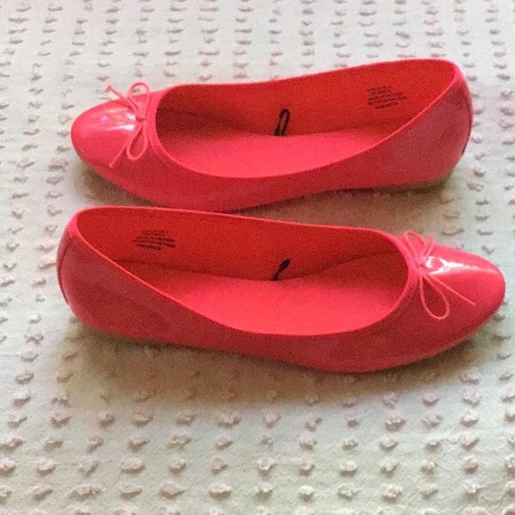 H&M Hot Pink Patent Ballet Flats size 8